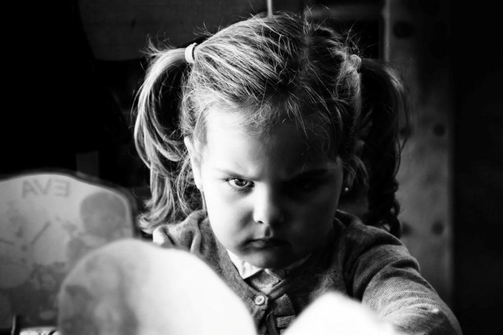 زمینه پیدایش پرخاشگری در کودکان و بررسی علل پرخاشگری در کودکان