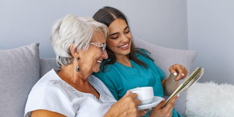 زوال عقل در سالمندان چیست | چگونه از سالمند مبتلا به دمانس مراقبت کنیم